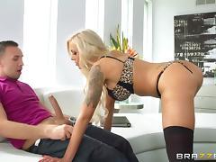 busty bitch sucking a big cock