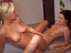 Brunette, Amateur, Brunette, Lesbian, Tribbing, Scissoring