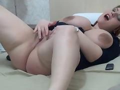 SEXY AMATEUR BBW BIG AREOLAS IN CAM - negrofloripa tube porn video