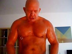 BALD MUSCLEDAD AKOS PIROS tube porn video