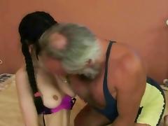 Older man wants to make her cum tube porn video