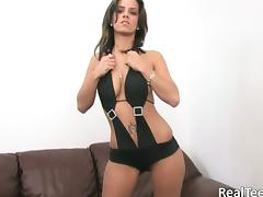 Madturbating Slut In Bikini Inserts Vibrator On Couch