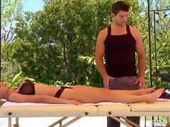 Dirty Masseur: A Healing Massage