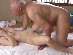 Cute girl loves the old man porn tube video