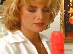 Endearing Babes In Nylon Stocking Giving Huge Dicks Blowjob