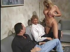Attractive Cougar Gets Her Shaved Pussy Feasted In A Threesome Sex