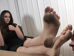 Serbian Boss dirty feet licked tube porn video