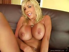 Big Tits Cougar Riding A Huge Dick In Hardcore Masturbation