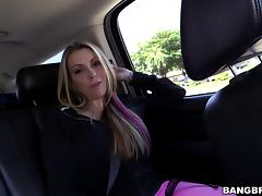 Courtney Cummz shows her cock-riding skills in hardcore scene tube porn video