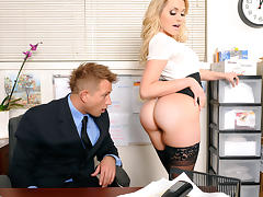 Mia Malkova & Bill Bailey in Naughty Office tube porn video