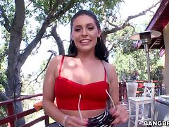 Gracie Glam gives head in the garden and enjoys doggy style banging
