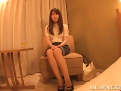 Riona Kizaki hot milf solo stimulates her Asian pussy