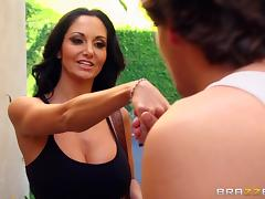 Sporty brunette Ava Addams gets fucked in hardcore reality clip tube porn video