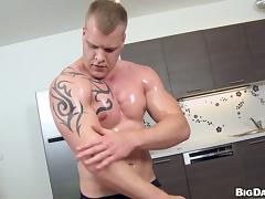 Gay guy gives oily massage and BJ before fucking asshole porn tube video