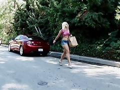 Alexis Texas wearing shorts gives a blowjob and gets her cooch slammed
