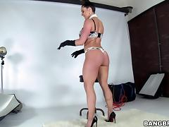 Hot and wild porn sweetheart Kendra Lust gets fucked in nasty and hot orgasm