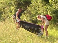 An amateur couple has raunchy forest sex during their picnic tube porn video
