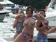 Accepting drunkard cowgirl showcasing her natural tits at the party outdoor
