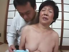 Giving Pleasure to a Japanese Gilf tube porn video