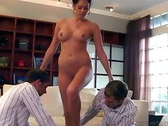 Kelly Summers has sex with two studs in hardcore MMF threesome clip