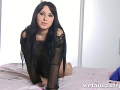 Raven haired hottie Luna Ora uses a pump on her pussy then takes a shower