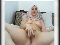 hijab girl faps on webcam tube porn video