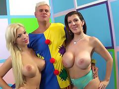 Pornstar fucks and creams hardcore sluts after cock banging in threesome